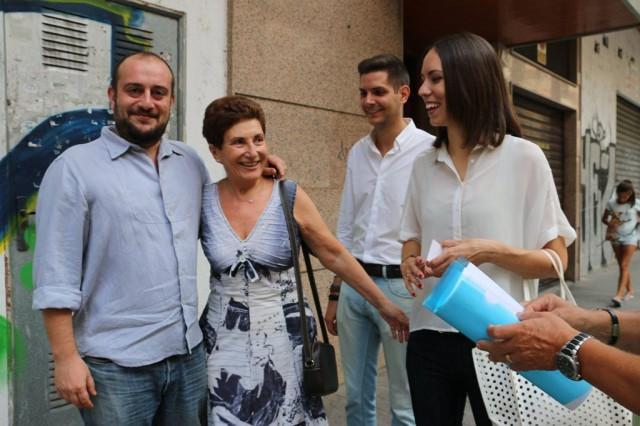 A l'El·líptica, amb militants, comerciants i veïns