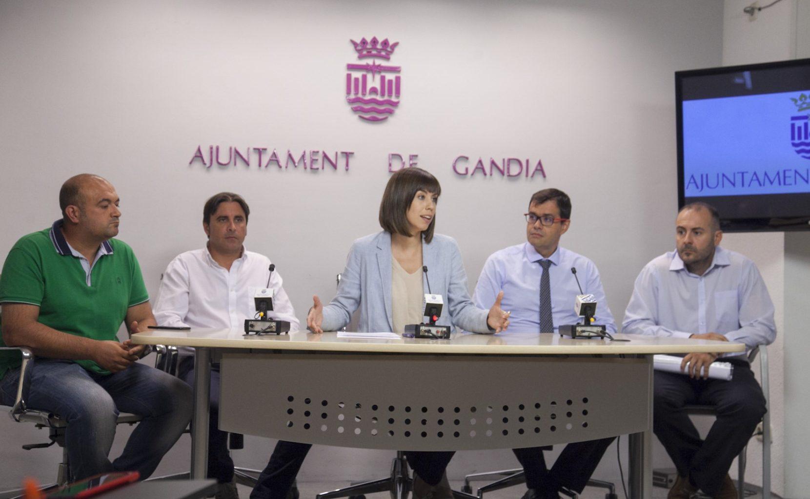 Balanç de les dades del sector turístic en l'estiu de 2016 en Gandia | Diana Morant