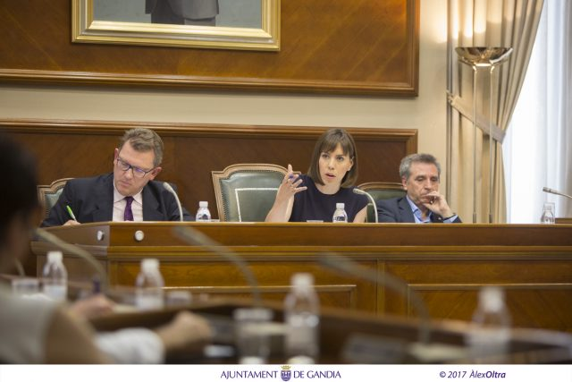 Diana_Morant_pleno_ayuntamiento_Gandia_Aprobacion_presupuestos