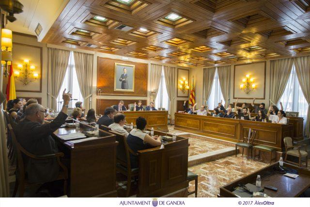 pleno_ayuntamiento_Gandia_Aprobacion_presupuestos_Diana_Morant